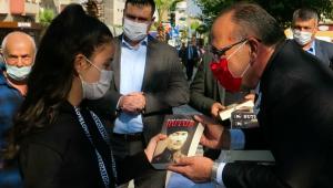 CHP'li Başkan Akın ,Atatürk sevgisini sorguladı